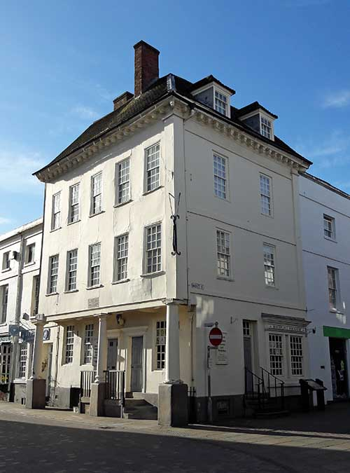 Samuel Johnson Birthplace, Market Place