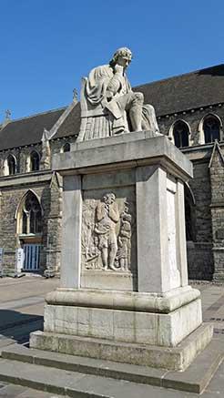 Samuel-Johnson-Statue-Lichfield
