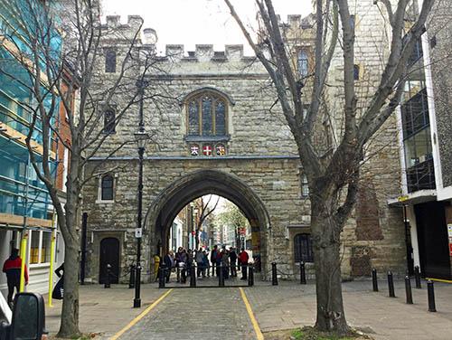 St-John's-Gate-0