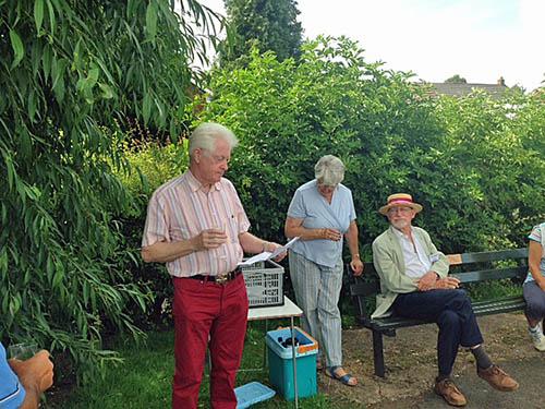 Peter-Johnson-of-Lichfield-Probus-guest-reader-Friendship-Walk