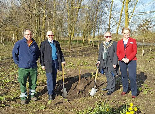 Planting_Willow_at_Arboretum